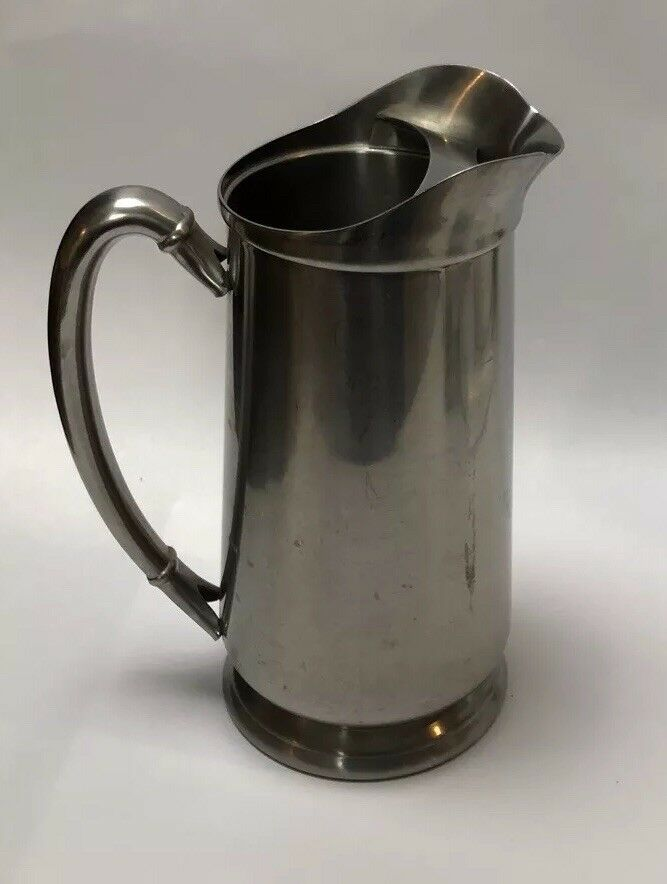 InternationalStainless Steel 18 10Water Pitcher With Ice Holder 64 Oz  A4