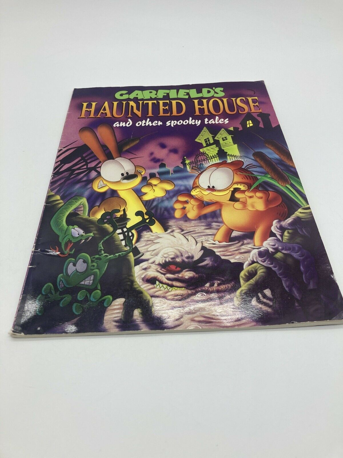 Garfield S Haunted House And Other Spooky Tales By Jim Davis Paperback 1994 For Sale Online Ebay