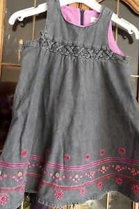 A-saisir-belle-robe-CATIMINI-5-ANS-brodee-en-jean-gris-anthracite-TAILLE-5-ANS