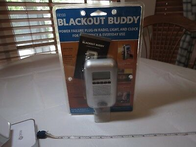 FR100 Blackout Buddy power failure plug in radio light clock emergency LED NOS