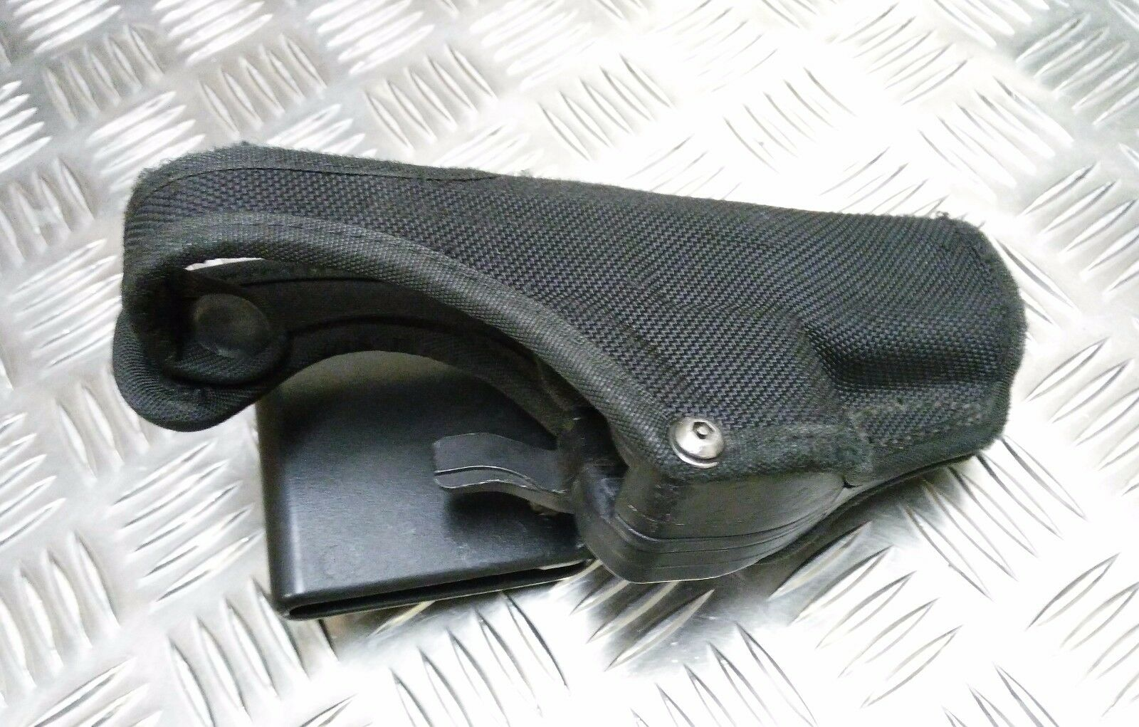 Genuine Bianchi MoD MoD MoD Military / Police Thumbsnap Holster & Ammo Pouch HPS01 671cf9