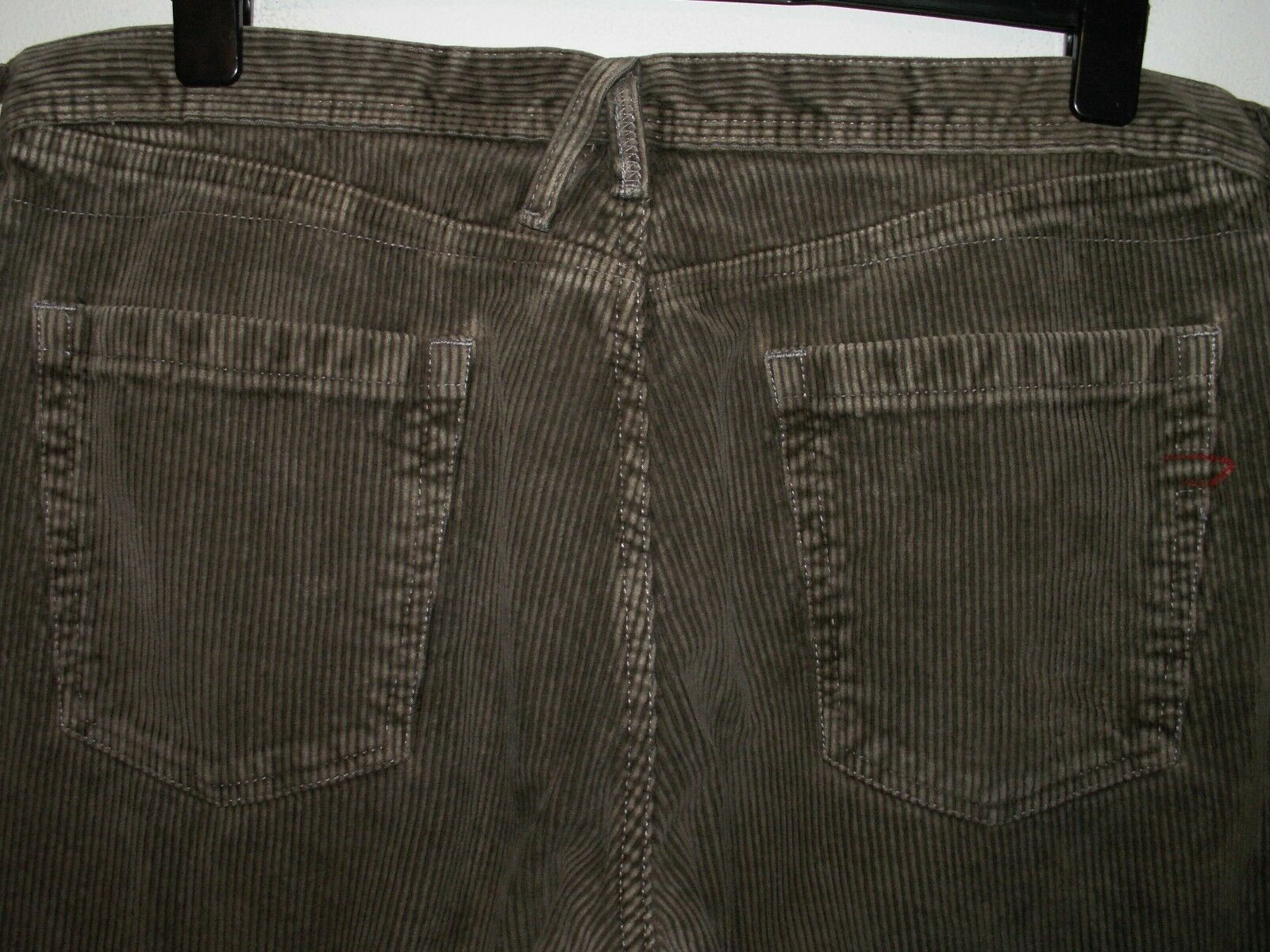 Diesel cords corduroy trousers jeans comfort loose fit W36 L32 (a4237)