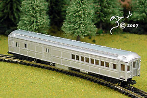 Overton-Old-Time-Silver-Combine-Train-Car-N-Scale-1-160