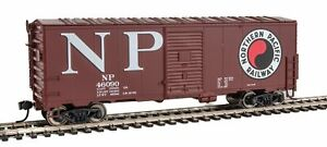 Walthers-HO-Scale-40-039-AAR-Modernized-1948-Boxcar-Northern-Pacific-NP-46090