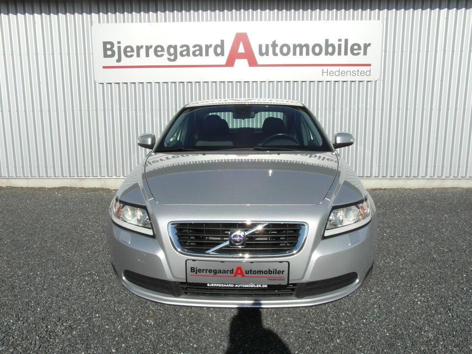 Volvo S40 1,8 Momentum Benzin modelår 2008 km 116000