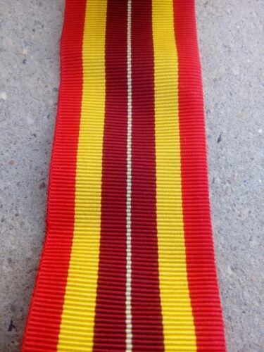 15 cm X 37 mm Coupe de Ruban medaille militaire origine ??