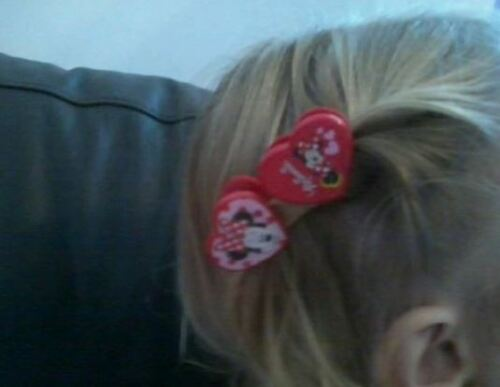2 xPAIR,MINNIE MOUSE,HEART SHAPED CLIPS,Accessories for Hair,Paper,Choose Amount