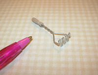Miniature German Wire Potato Masher, Wooden Handle: Dollhouse Miniatures 1/12