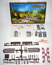 Faller HO H0 B 173 Passaggio a Livello crossing train kit USED