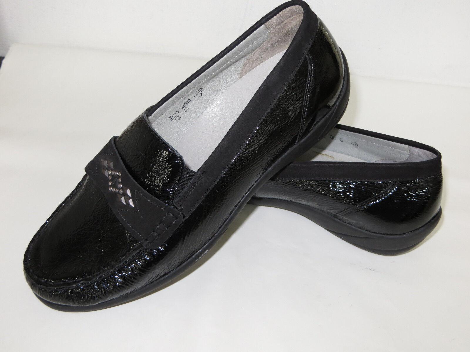 Rôdeur Mocassin-pantoufles en cuir Taille 8, Largeur K, Noir