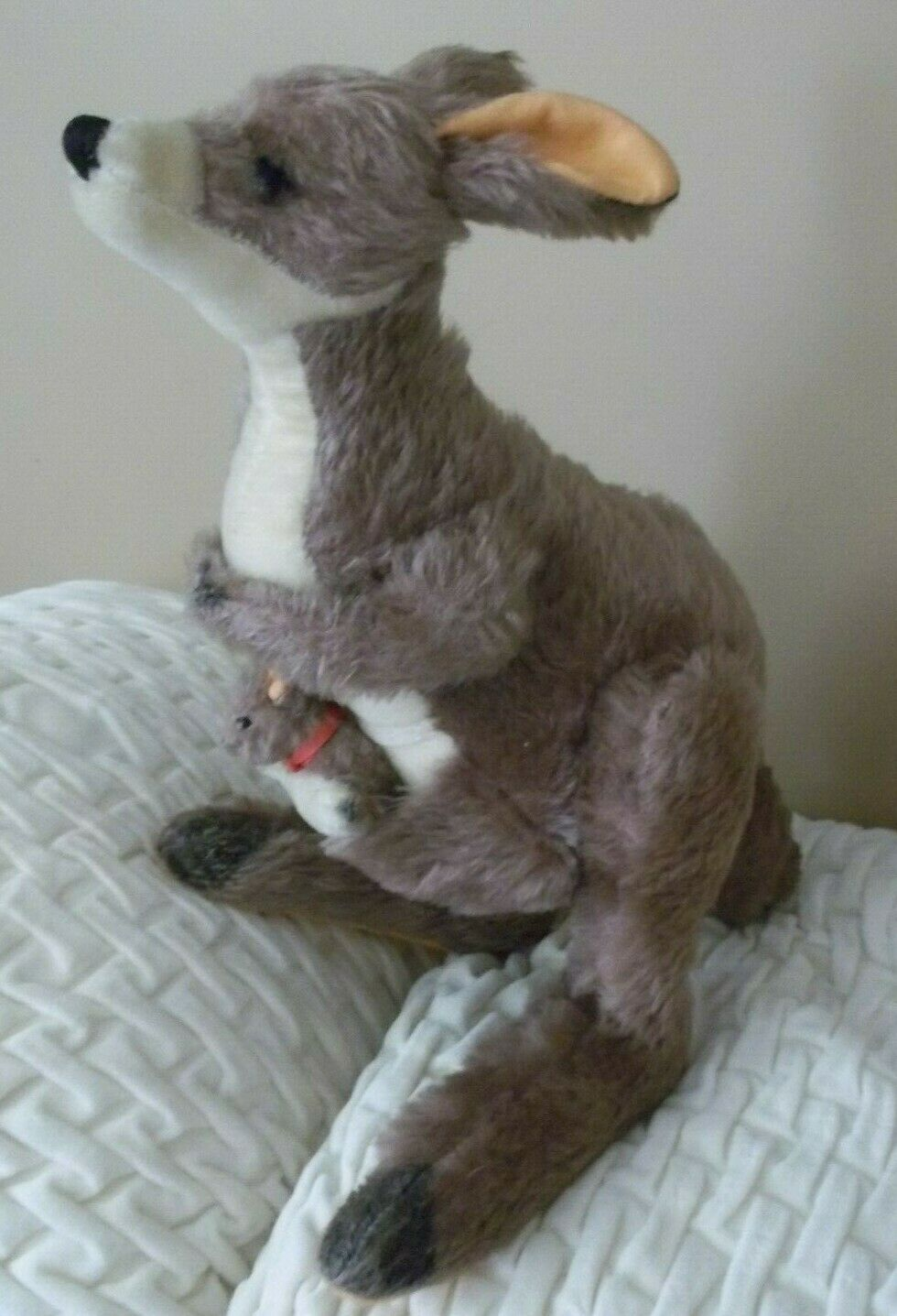 vtg MERRYTHOUGHT merry thought KANGAROO w/ Baby joey stuffed plush TOY england