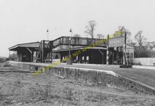 11 Brading Railway Station Photo Sandown to Bembridge /& Ryde Lines.
