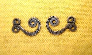 4-Paar-Dirndlhaken-Miederhaken-Gewand-Haken-2-5cm-altmessing-farben