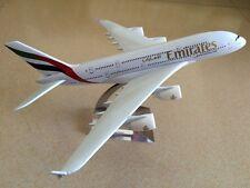 20CM Solid Emirates AIRBUS A380 Passenger Plane Airplane Metal Diecast Model
