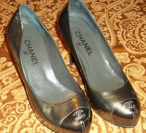 e73b9aeb887b Chanel Olive Green Patent Leather Cap Toe Pumps Heels Shoes - Size ...