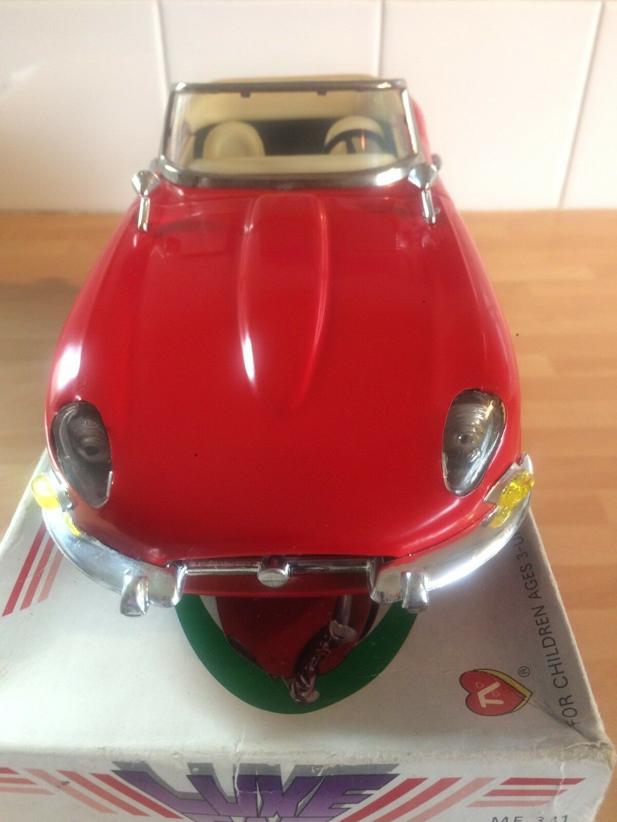 E TYPE JAGUAR VGC , Friction Drive collectable Classic E TYPE RED