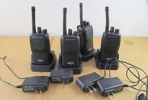 Lot-of-4-Bearcom-Motorola-BC95-8-Channel-UHF-Handheld-Two-Way-Radios-w-Chargers