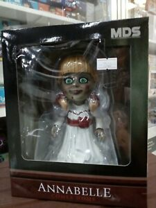 MDS-ANNABELLE-COMES-HOME-MEZCO-TOYS-A-30820