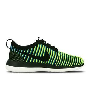timeless design d7ac4 33605 Image is loading Womens-NIKE-ROSHE-TWO-FLYKNIT-Running-Trainers-844929-