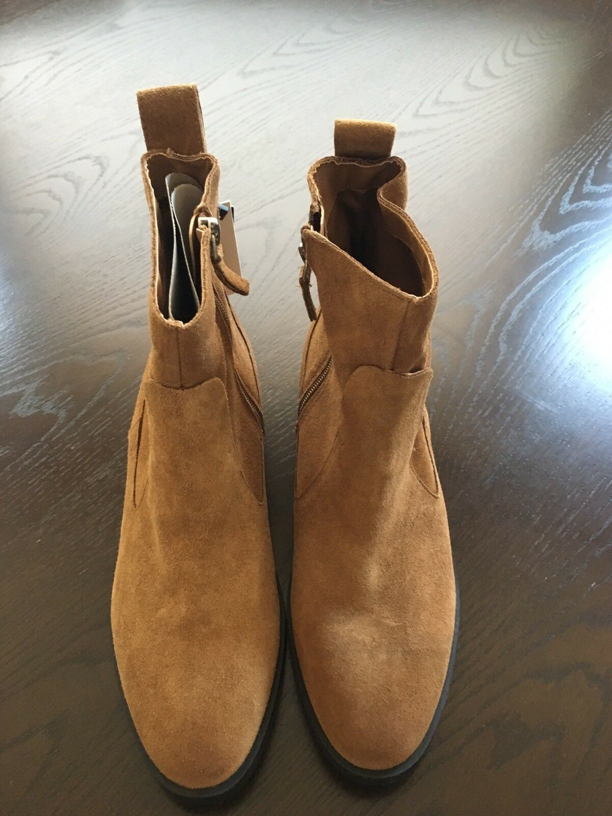 NWT Zara FLAT LEATHER ANKLE BOOTS Size 39, US8, 7177 101 100% Cow Leather