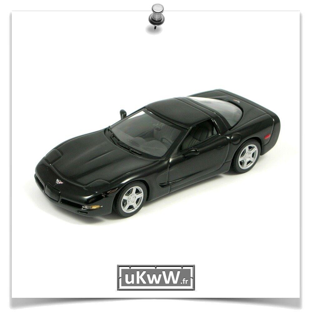 Minichamps 1 43 - Chevrolet Corvette 1997 noir