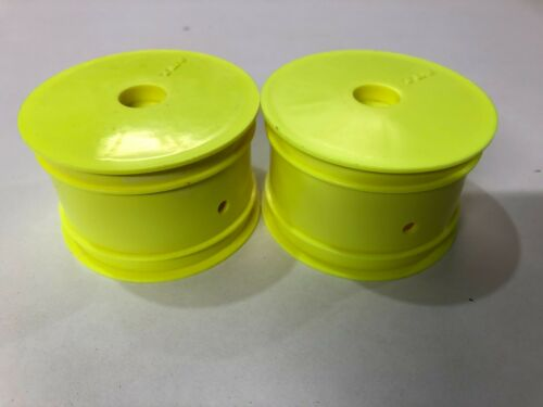 Team Losi Racing TLR 22 Rear Buggy Wheels 12mm Hex Yellow 2