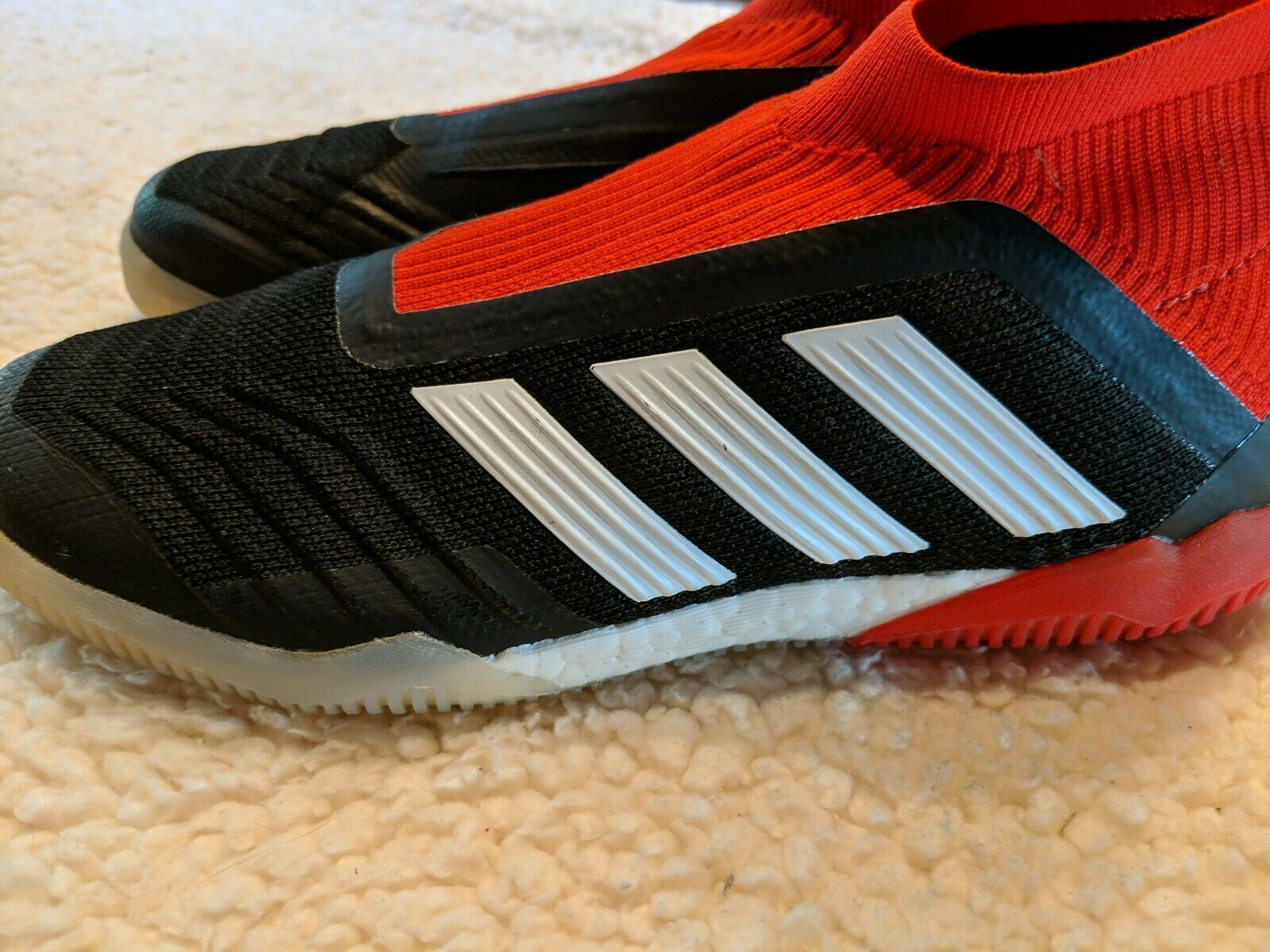 Adidas Predator Tango 18+ IN Boost Size 6.5 Indoor Soccer Shoes Black Red DB2054