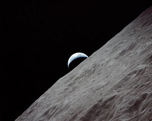 Astronauts & Space Travel Self-Conscious Apollo 17 Crescent Earthrise Above Lunar Surface 11x14 Silver Halide Photo Print Skillful Manufacture