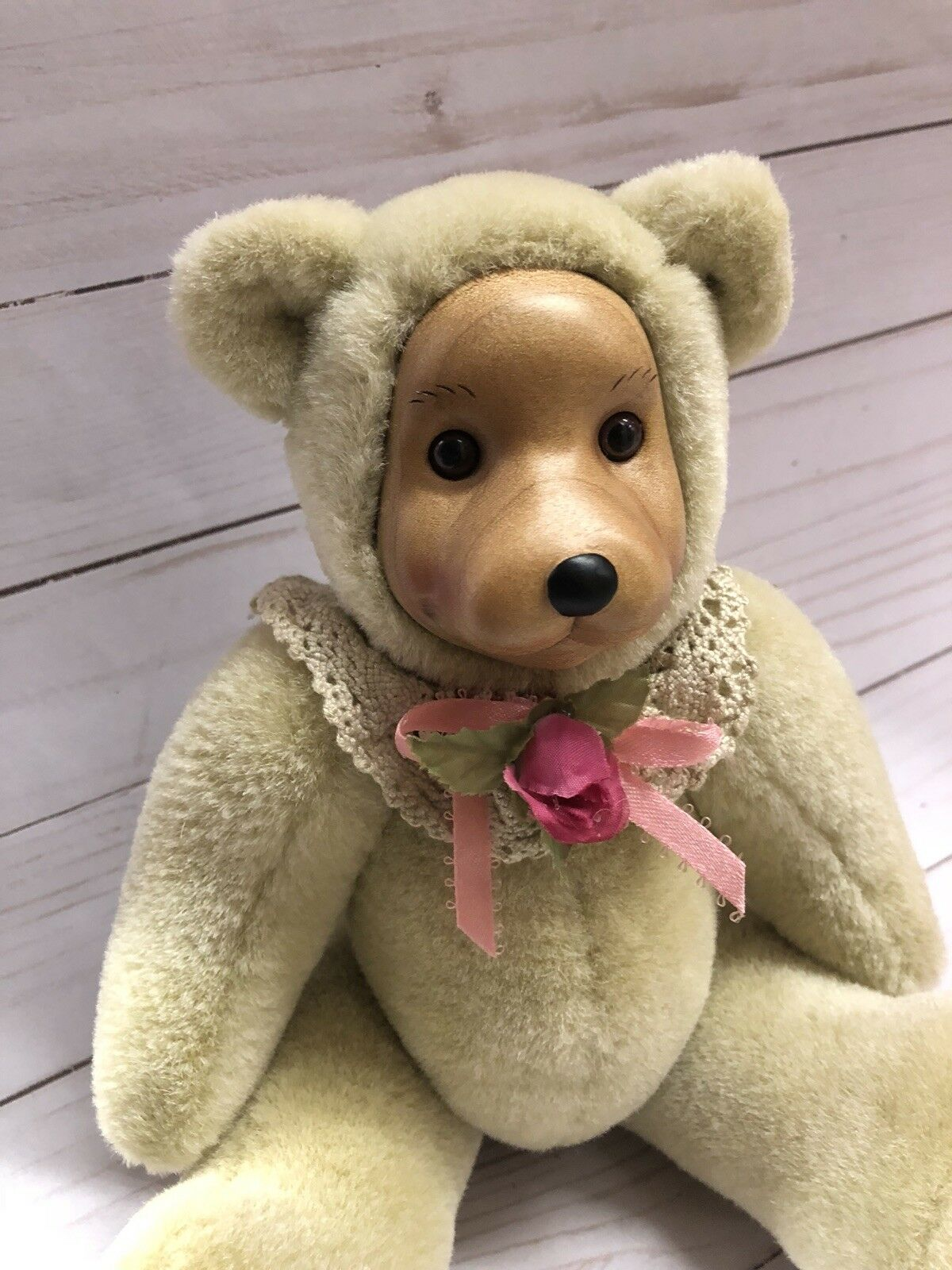 "Robert Raikes Bear ""Rosie"" limited edition 566 1500"