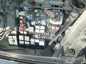 s l300 2003 2004 2005 2006 2007 cadillac cts fuse box (under hood) ebay fuse box on 2009 scion xb at reclaimingppi.co