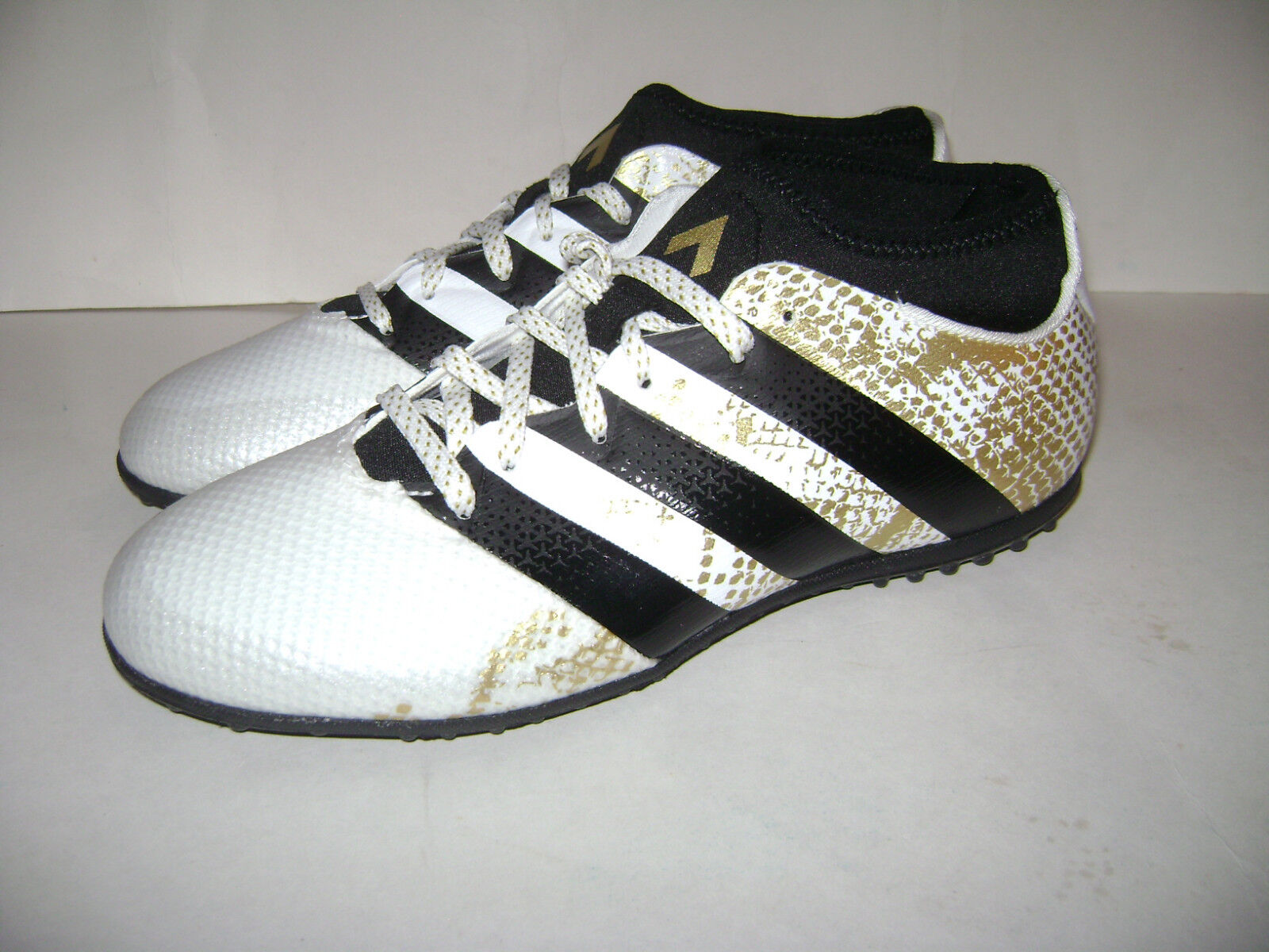 c9ebc317a15 adidas Ace 16.3 Primemesh Indoor Soccer Shoes Size 11 White Black ...