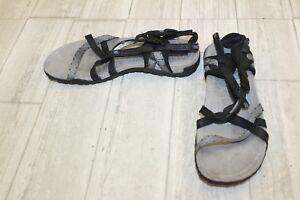 fcb067aed81b Merrell Terran Lattice II Sandals-Women s size 8 Black Grey ...