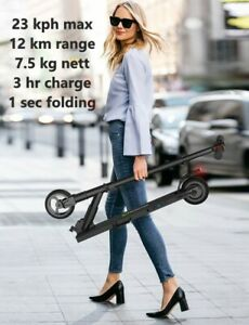 TEEN-ADULT-Electric-Scooter-14mph-8-mile-range-250w-15-climb-UK-amp-EU-Stock