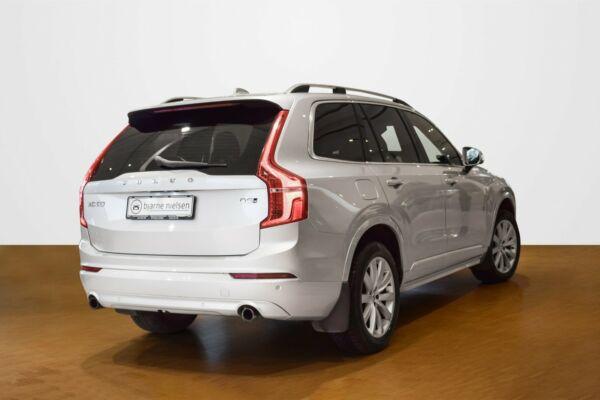Volvo XC90 2,0 D5 235 Momentum aut. AWD 7prs - billede 2