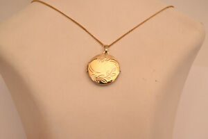 9ct-Yellow-Gold-2-Photo-Locket-Necklace-Pendant-NEW-All-Gold-Solid