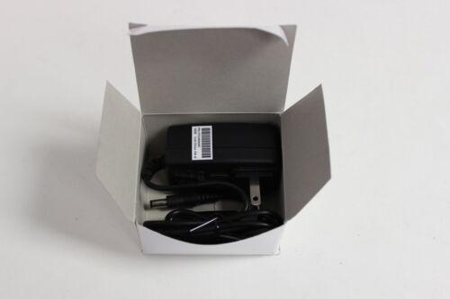 GLOBTEK GT-41062-1805 Alimentatore Corrente Alternata Adattatore 5V 3A centro negativo NUOVO