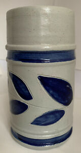WILLIAMSBURG-POTTERY-Stoneware-TWO-POUND-Mug-Blue-Leaves-6-25-inches-tall