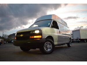 2019 Chevrolet Express RWD 3500 155 Toit surelevé DIESEL ** 5 PASS **