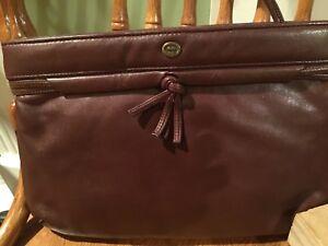 5943d30ce1d8e ✿ETIENNE AIGNER Wine Premium Leather Zip Clutch Purse Vintage GREAT ...