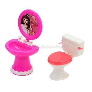 trendy toilette und waschbecken set badezimmer barbie m bel f r barbiepuppen ebay. Black Bedroom Furniture Sets. Home Design Ideas
