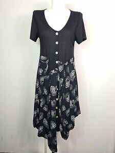 State of Mind Black & White Short Sleeve Smocked Full Button Dress Women's Sz 12