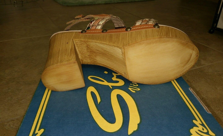 Sbicca Vintage Collection NIB Platform Wooden Sandal. NIB Collection 01f306