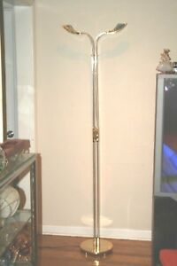 Floor Lamp Light Shines Up Lucite Br