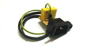 Presa tripolare VDE IEC C13 di alimentazione da pannello 250V 10A