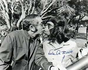 """OFFICIAL WEBSITE Natalie Trundy """"Planet of the Apes"""" 8X10 AUTOGRAPHED"""