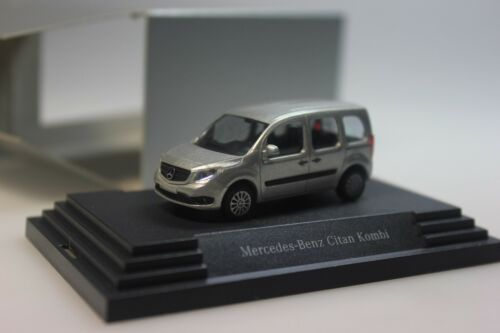 Busch Mercedes Citan station wagon, Argento-spacciatore PC 120 - 1/87