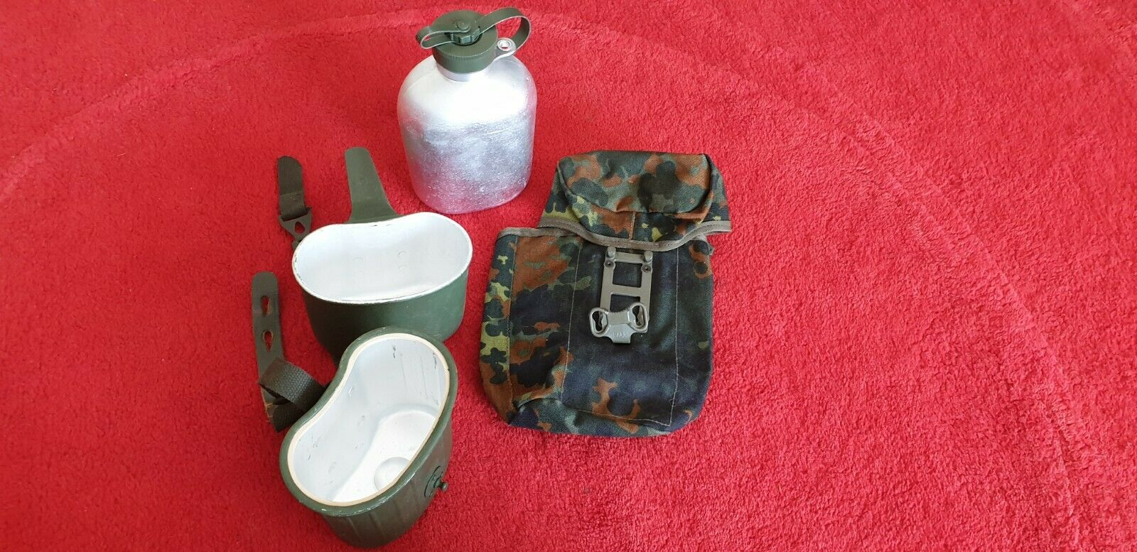 Bild 1 - Bundeswehr Feldflasch (mit Tasse/Teller/Topf und Gürteltasche)