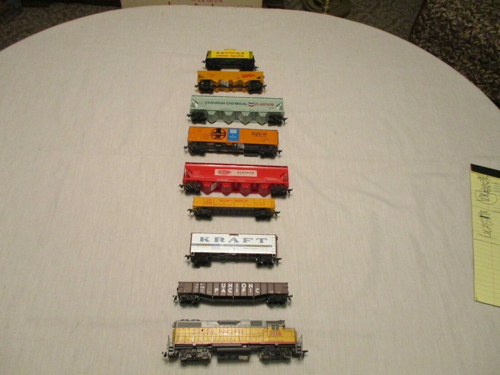 UNION PACIFIC FREIGHT TRAIN WITH  NEW GP 38 LOCO.&  8 FREIGHT CARS. H.O. SCALE