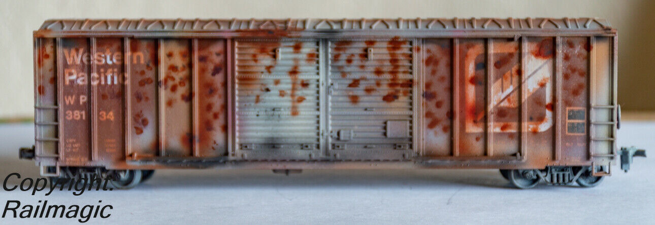 HO Scale Western Pacific Box Car Rusted Weatherosso  WPWBC87