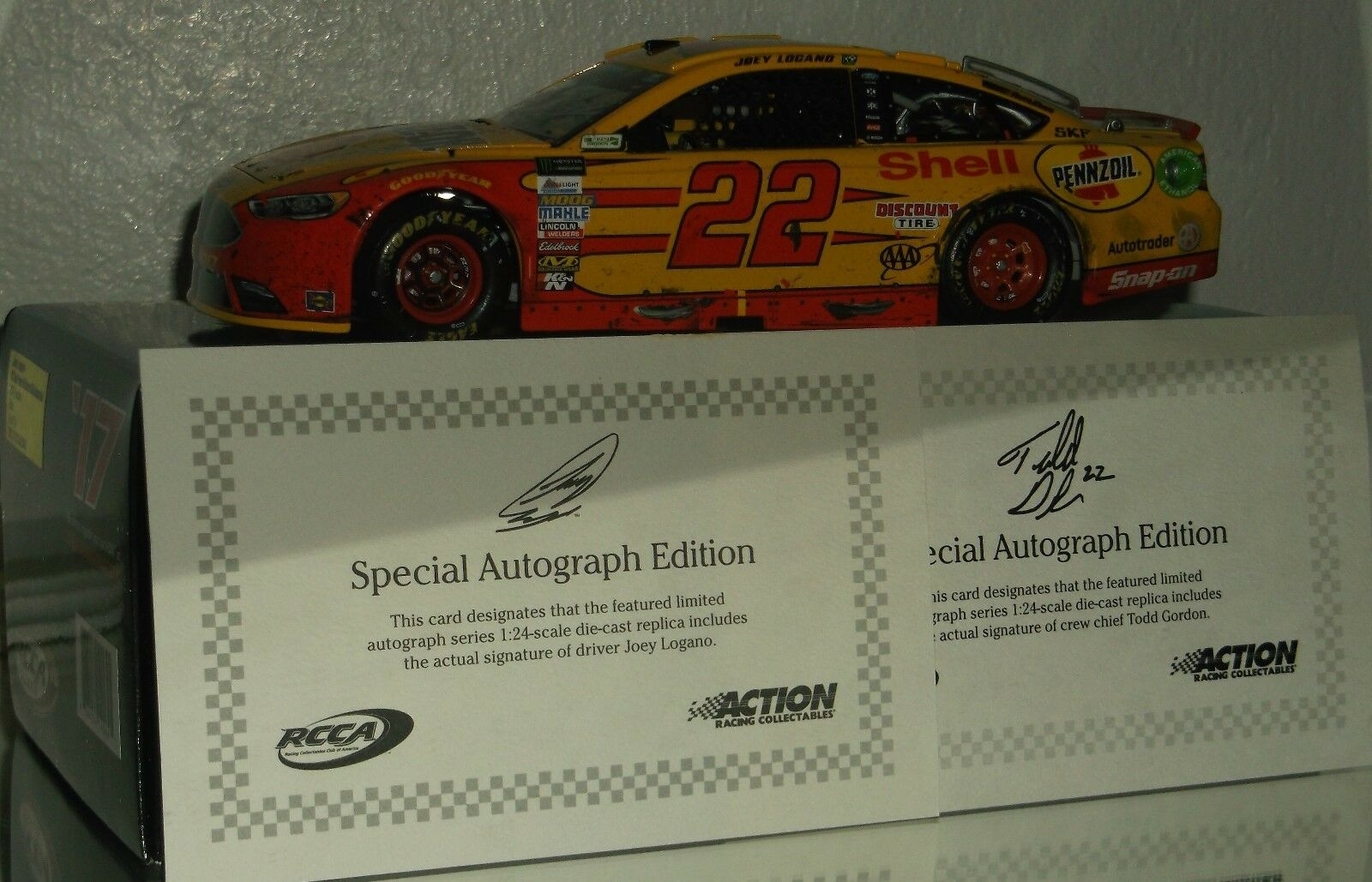 2017 RCCA JOEY LOGANO SHELL PENNZOIL RICHMOND WIN DUAL AUTO ELITE CAR 114